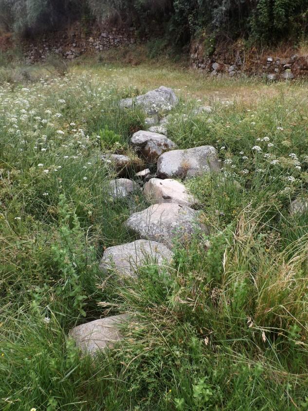 Pedra ante pedra passo a ribeira de Belver