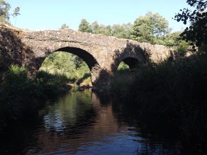 Ponte velha das Casas da Ribeira (Mação).