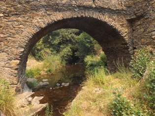 Ponte Casas-da-Ribeira (Mação), antes do fogo.