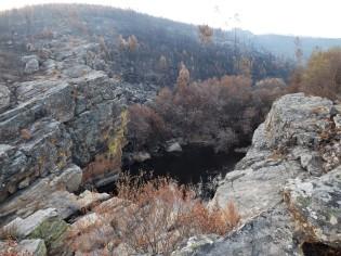 O Pego do Cabril na Ribeira do Carvoeiro está irreconhecível, descendo aquelas rochas começa a aventura...