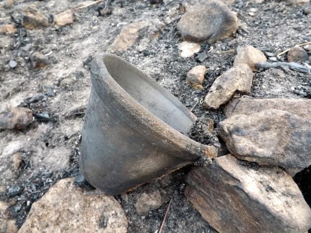 Este vaso representa memórias de outros tempos, em que por estes montes fora muitos viviam da resinagem...