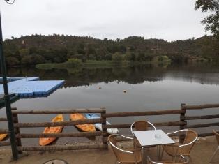 Praia fluvial da Ortiga, um bom ponto de partida para qualquer passeio, seja por terra ou água, mas desta vez fui a pé...