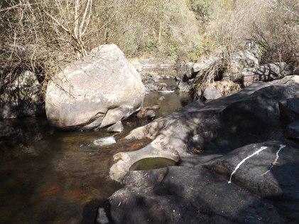 Finalmente a Ribeira-de-Eiras encontra as águas do Rio Tejo.