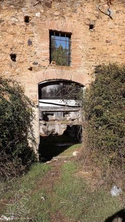 Estas ruínas fiquei com a ideia que seriam de um antigo lagar...
