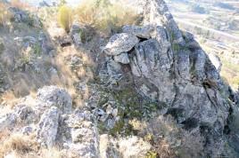 Ali possivelmente haveria uma antiga muralha deste antigo castro.