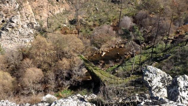 Ponte velha do Aziral.