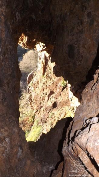 Saída ou entrada da caverna...