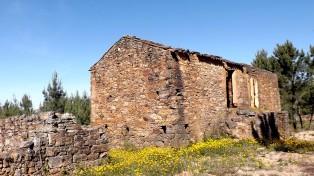 Casa em ruínas no Chão do Brejo - Mação.