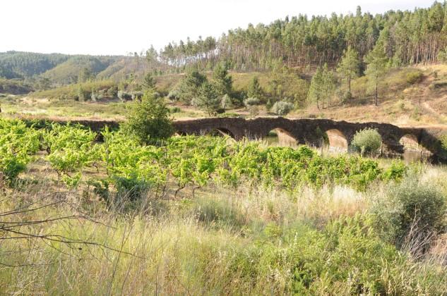 As Guardas desta ponte já quase não existem.