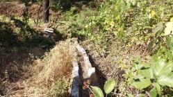 Velha levada de água e a ponte do Gonçalo mais à frente.