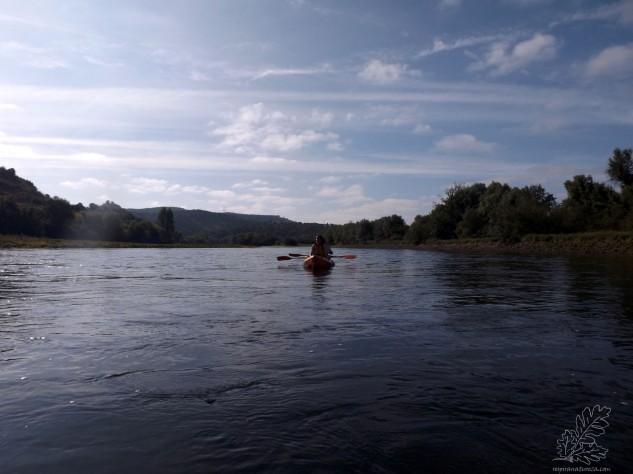 E o rio Tejo apesar de muito maltratado e negligenciado, quer por espanhóis quer por portugueses é um local espetacular para realizar várias atividades.