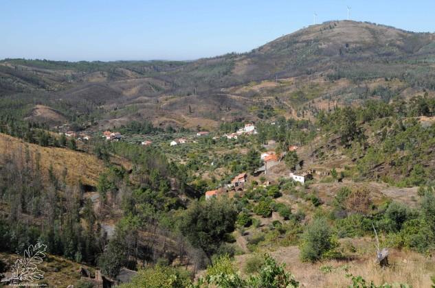 Lá do alto a paisagem é magnifica e dá para alongar a vista…